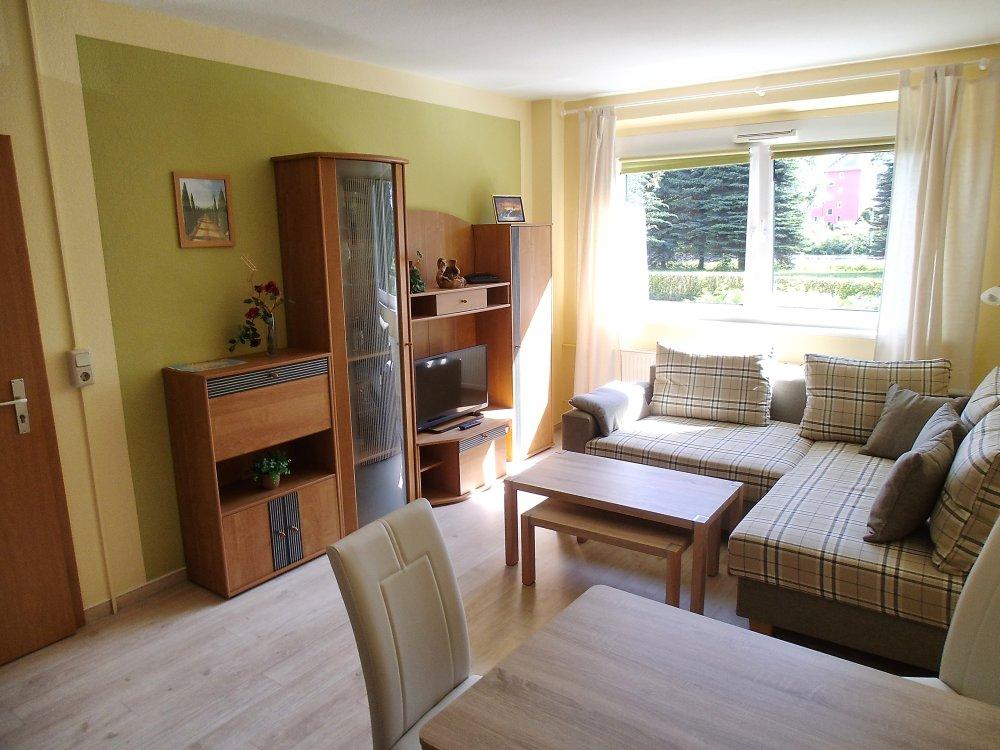 ferienwohnung in stralsund ausstattung und preise ferienwohnungen und ferienzimmer in stralsund. Black Bedroom Furniture Sets. Home Design Ideas